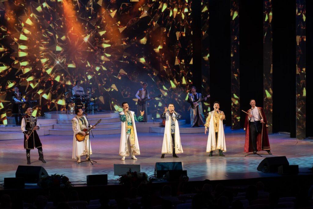 Съёмка юбилейного концерта Фольклорно-эстрадной группы «Караван-Сарай»